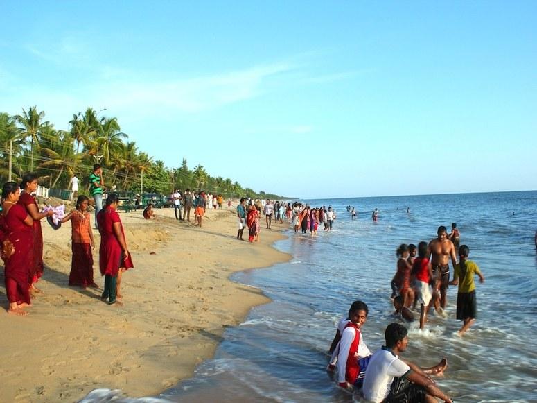 cherai-beach-kochi-kerala-india